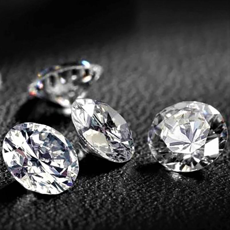 Где продать драгоценные камни в Москве?