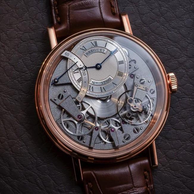 Продать часы Breguet Tradition – продукцию для знати и опытных ценителей