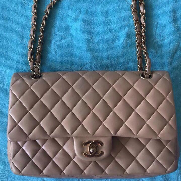 Продать элитную сумку от знаменитого бренда